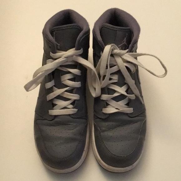 on sale e41ad d6586 Grey Jordan's high tops boys size 6.5